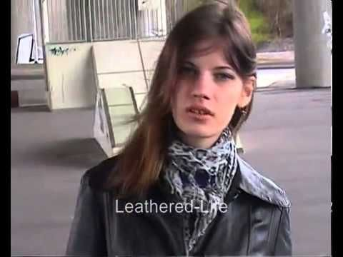 Long Leather Coat - great Outfit!