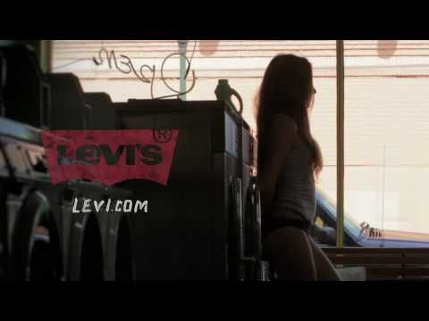 Sexy Levi's Curve ID Commercial