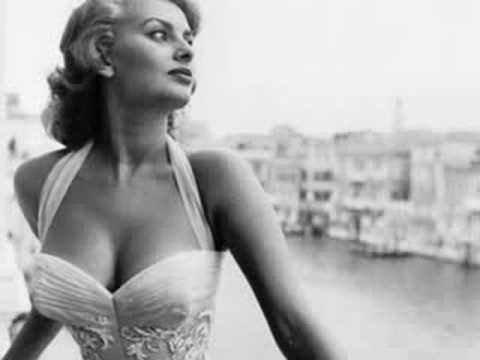 Astro Art_ Sophia Loren- Mambo Italiano