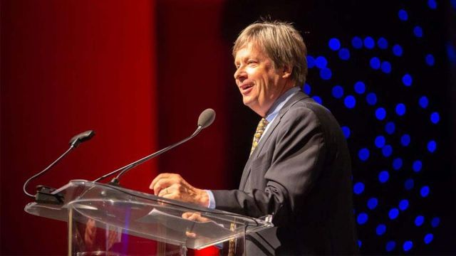 Dave Barry Is Running for President (Again)
