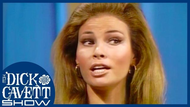 Raquel Welch discusses 'Myra Breckinridge' and Homosexual Audiences _ The Dick Cavett Show (1)